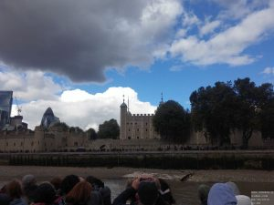 Tower of London von Themse aus