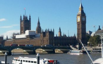 Houses of Parliament mit Big Ben, Elizabeth Tower und Victoria Tower